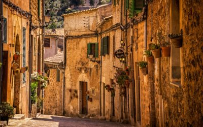 Quarantine When Arriving From Spain: How Should Employers Respond?